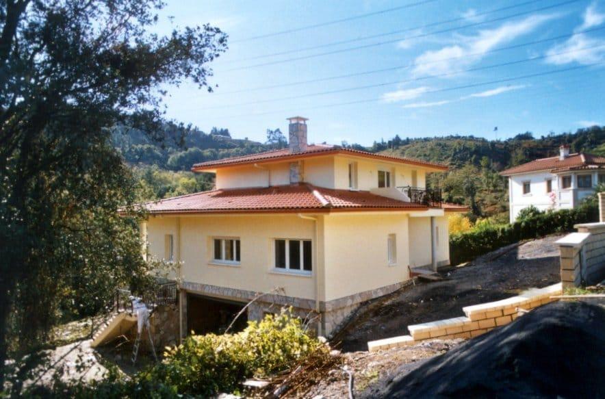 Chalet en La Bilbaina - Exterior