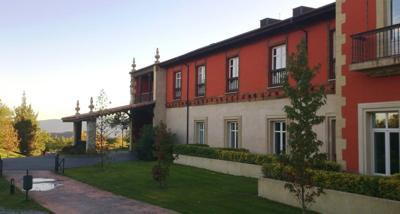 Hotel Palacio Urgoiti - Fachada oeste